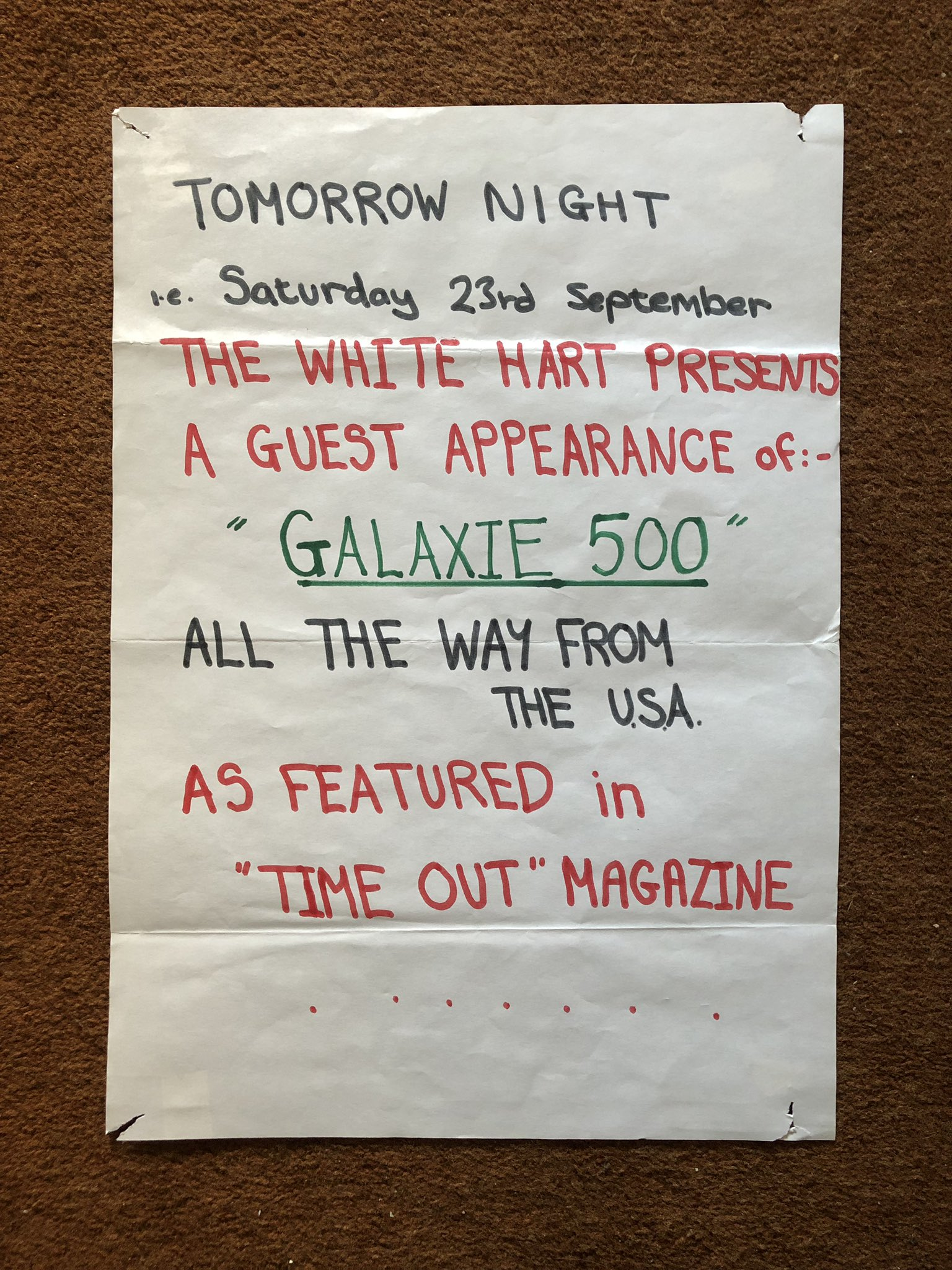 Window notice from Galaxie 500's first UK show (photo: Bob Stanley)