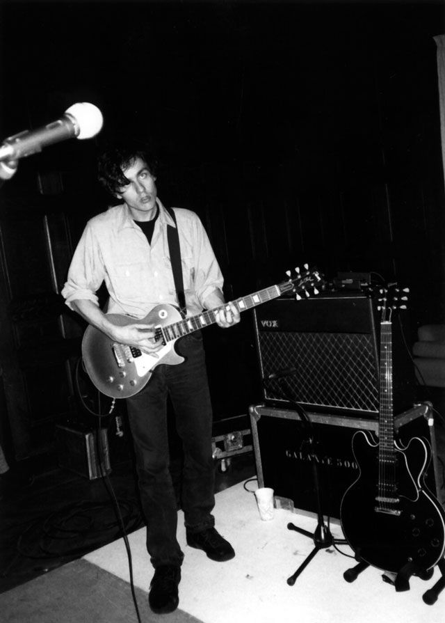 Dean at Galaxie 500's last show (Photo Dan Pearson)