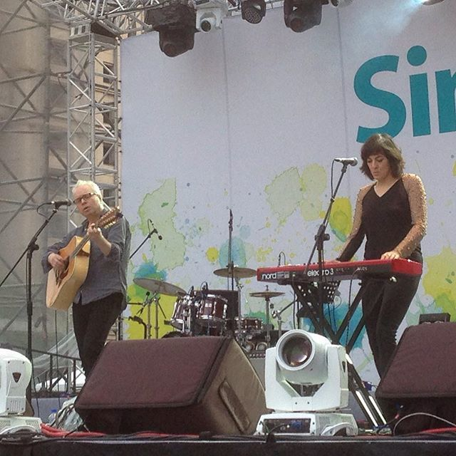 Damon & Naomi's at Simple Life festival (Photo: <a href='https://www.instagram.com/p/-6nCLRmUGP/'>john770519</a>)
