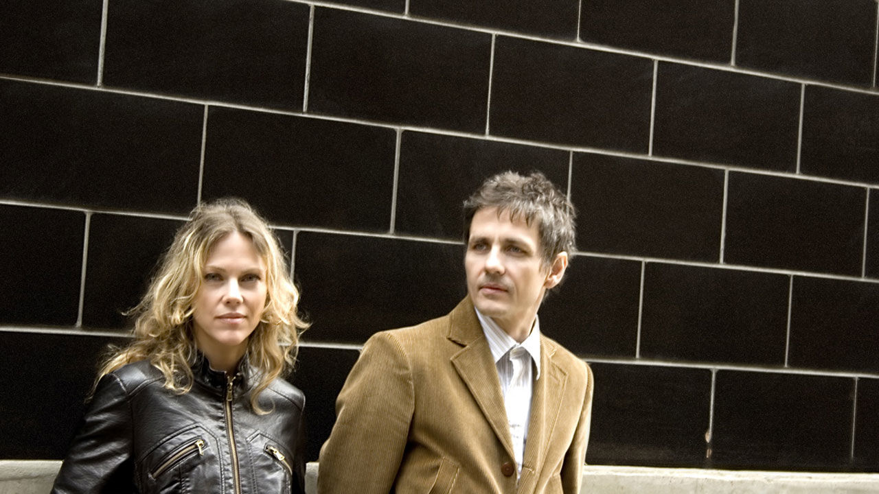 Dean Wareham / Britta Phillips thumbnail